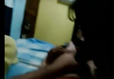 verhit Latina's blazen tezamen aan zijn snikkel in homemade seks tape